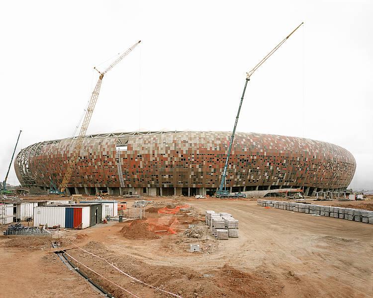 größte fußball stadion der welt