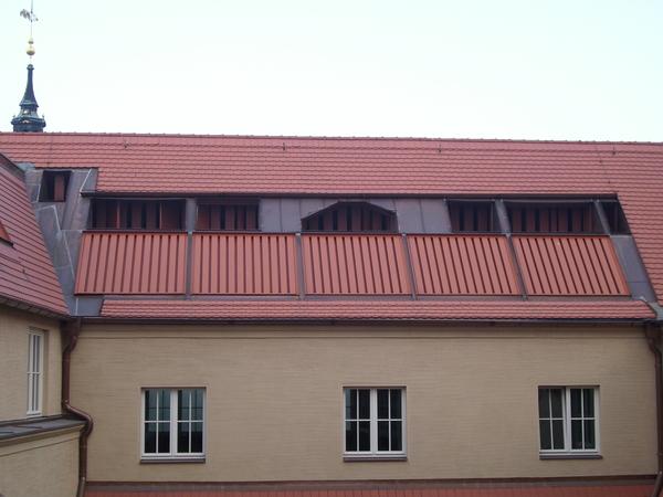 aufstellung aussenger te im dach ansicht von aussen handelshof leipzig architekturobjekte. Black Bedroom Furniture Sets. Home Design Ideas