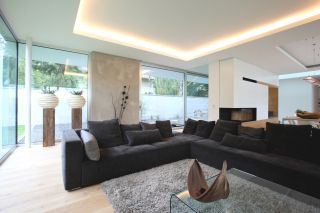 Moderne Villa als Klassiker - Architekturobjekte - heinze.de