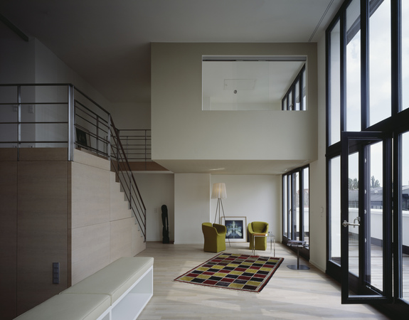 penthouse maisonette wohnung wohnbereich townhouse v19 appartmenthaus in hamburg ottensen. Black Bedroom Furniture Sets. Home Design Ideas