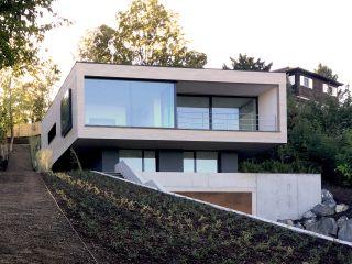 Das Haus am Hang - Architekturobjekte - heinze.de
