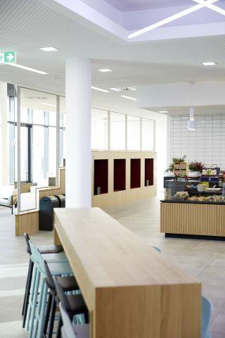 damen billig zu verkaufen zuverlässige Qualität Neues Verwaltungsgebäude des Sportartikelherstellers Puma ...
