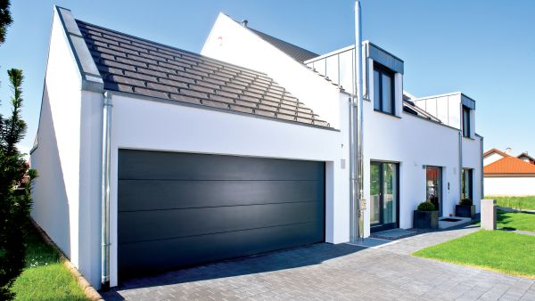 garagentore garagen sektionaltore alpha deuren international. Black Bedroom Furniture Sets. Home Design Ideas