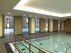 Fliesen verlegung und abdichtung in schwimmbad und sauna