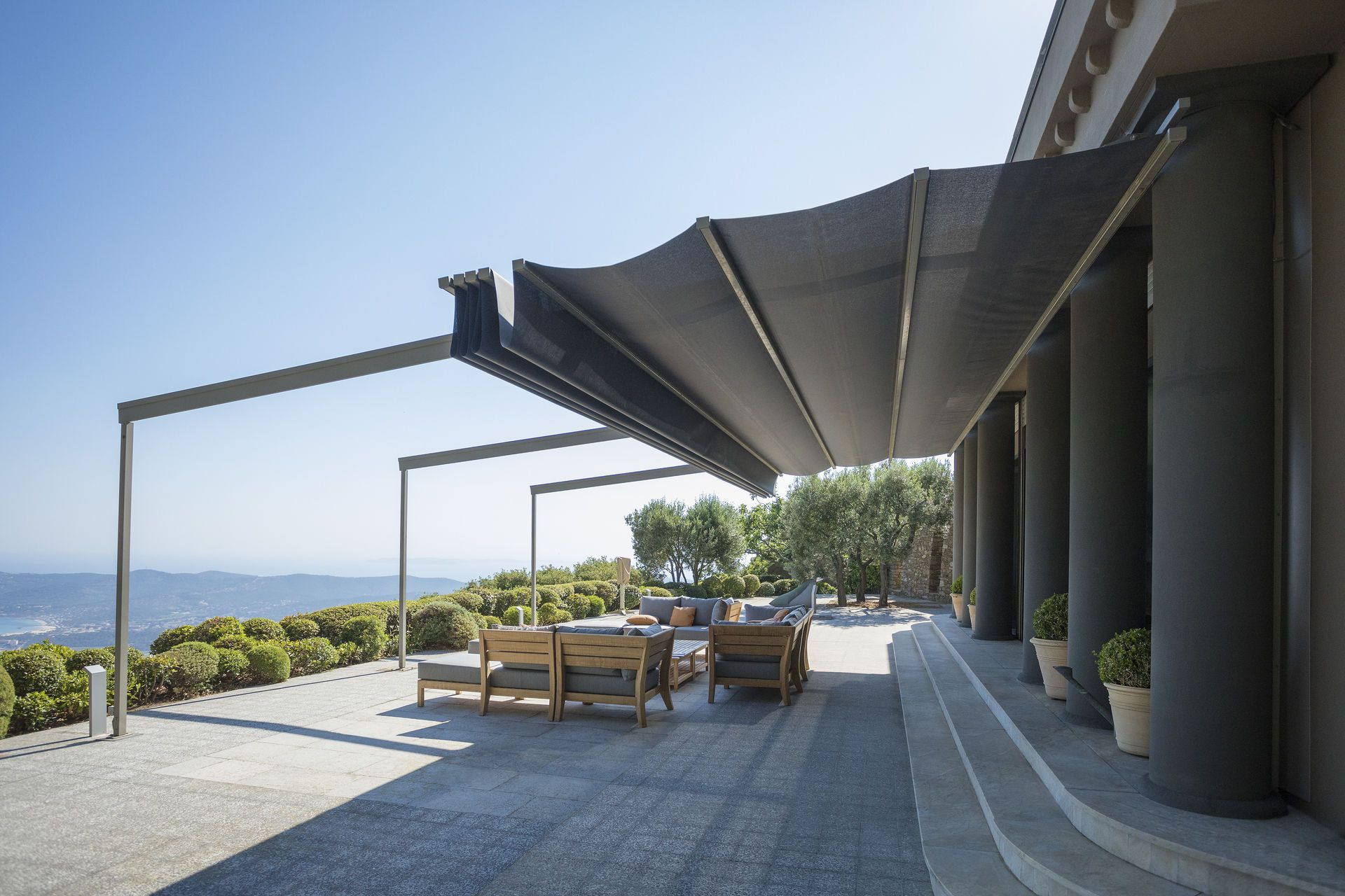 Sonnenschutz für Terrasse und Balkon aus Verbundmembranen   Serge ...