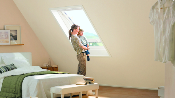 velux dachfenster velux deutschland. Black Bedroom Furniture Sets. Home Design Ideas