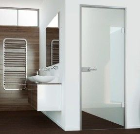 heiler innent ren aus glas ganzglasanlagen heiler. Black Bedroom Furniture Sets. Home Design Ideas